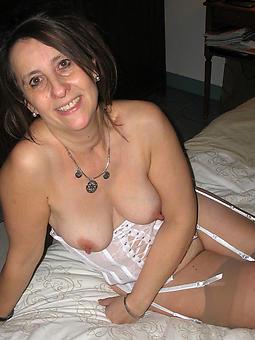 mummy sexy truth or dare pics