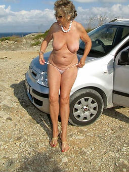 sexy naked moms amature porn
