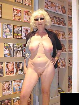 hot elderly grandmothers pics