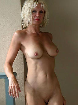 nice beautiful naked moms