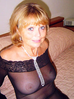 incomparable mature lady xxx pics