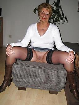matures upskirts stripping