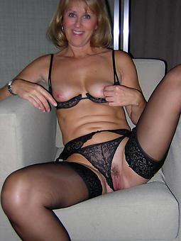 sexy horny moms xxx pics