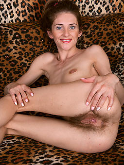skinny mom be thrilled by amature porn