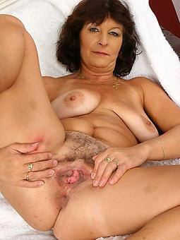 pretty nude ladies truth or dare pics
