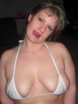 precise hot bikini moms