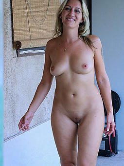 Nude Ladies Over 30 Pics