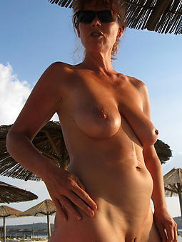 Nude Ladies Outdoors Pics