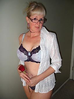 pulchritudinous mature nude gentlemen free porn pics