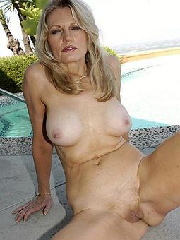 amature daughter blonde nude pics