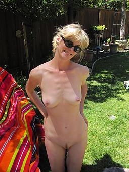hot blonde mom stripping