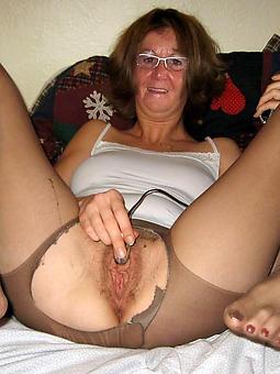 amature nude ladies over 60 pics