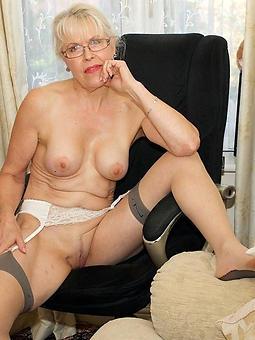 porn pictures of barren granny mom