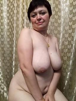 pulling fat titty ma