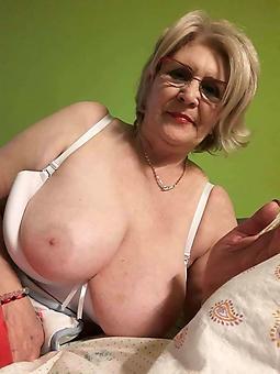 mature mom tits amature porn pics