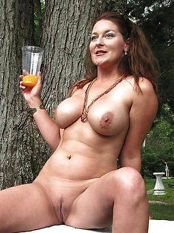 beautiful nude matured landowners unconforming porn pics