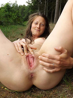 shaved naked ladies cunt xxx pics