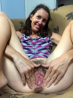 horny prudish moms free porn pics