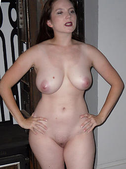 porn pictures of down in the mouth curvy mom