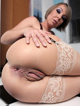 amature sexy spiffy ladies nude pics