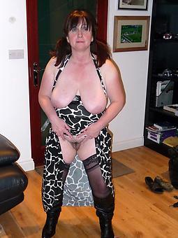 perfect dapper nude moms photos