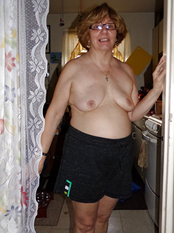naked mom in all directions glasses porn tumblr