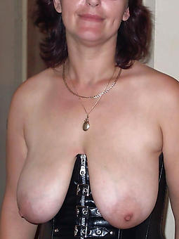hot mom with glasses free porn pics