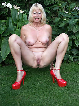 Ladies High Heels Pics