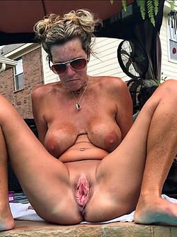 porn pictures of moms pretty pussy