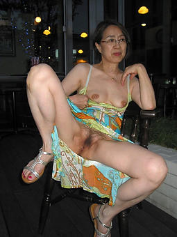 Naked Asian Ladies Pics