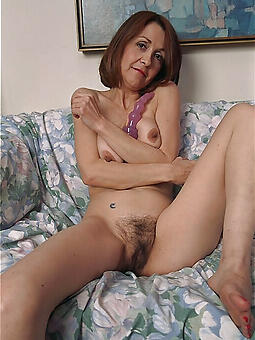 amateur housewives matriarch nudes tumblr