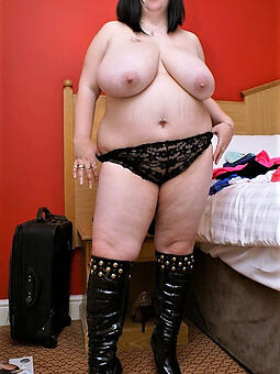 reality chubby moms naked