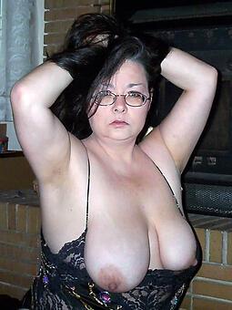 hotties mature mom tits porn pics