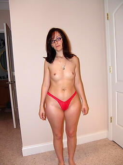 moms wet panties free porn pics