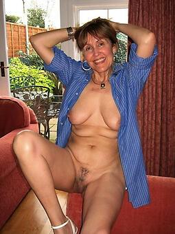 older moms stark naked marauding