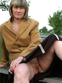 upskirt of age women xxx pics