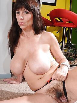 big hanging mature tits stripping