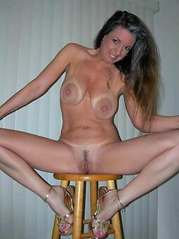 porn pictures of bare solo mature ladies