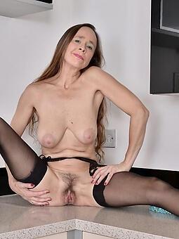 pretty low-spirited lady legs free porn pics