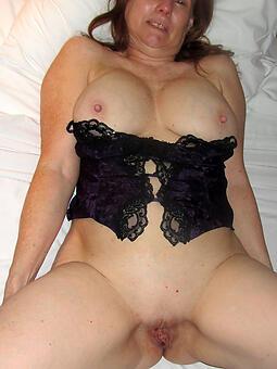 amature naked granny pussy pics
