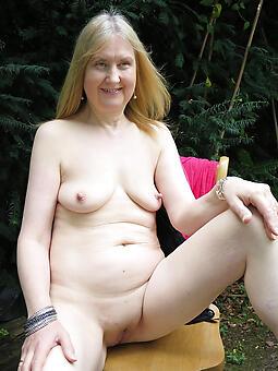older grannies naked free porn pics