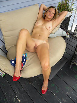amature in the buff adult outdoor pics