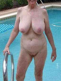 nude ladies in default hot pics