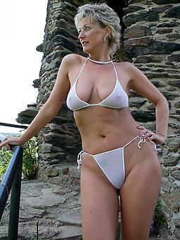 natural mature hot milf in bikini sexy