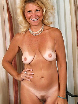 natural sexy full-grown blonde