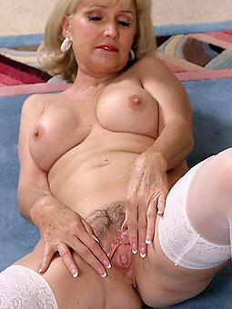 porn pictures of pretty mature nude