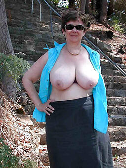 whore big boob grown-up pics