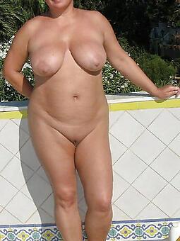luring chunky naked ladies