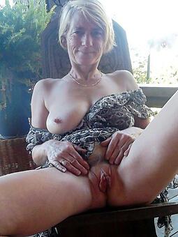 sexy unmask moms free pics