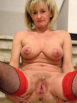 glum mom pussy free porn pics